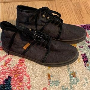 Vans Charcoal Gray Chukka high top sneakers 6.5